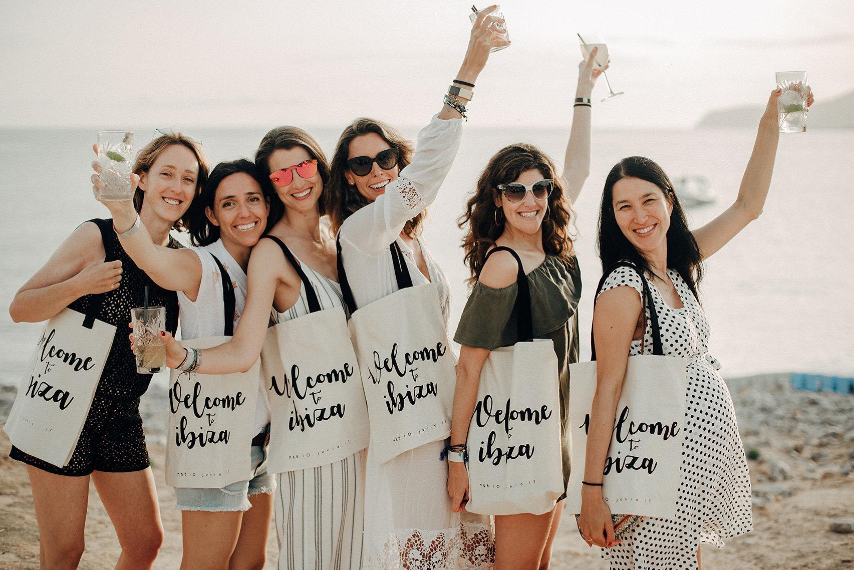 Boda en Ibiza, Si quiero, ¿pero qué más?
